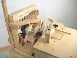 Finger Joints Wood Router by Making Dovetail Joints With The Pantorouter