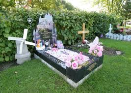 toys for dead baby taken from grave in upminster cemetery