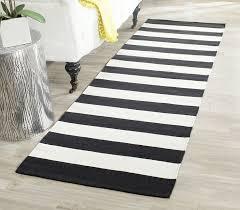 White And Black Area Rug Amazon Com Safavieh Montauk Collection Mtk712d Handmade Flatweave