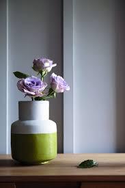 Le Violet Lui Donne Du Caractère De L Peinture Des Nuances De Blanc