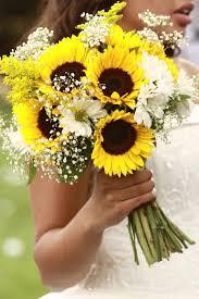 bouquet of sunflowers sunflower bridal bouquet sunflower and gerbera bridal
