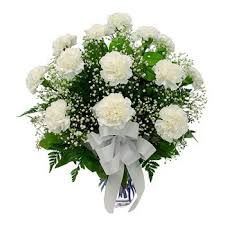 cheap flower delivery 20 dubai a simple flower delivery 20 white carnations with