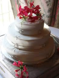 create your own stylish wedding cake