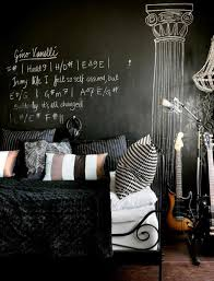 Cool Chalkboard Bedroom Décor Ideas To Rock DigsDigs Ξ Di - Emo bedroom designs