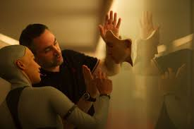 Ex Machina Director | ex machina director alex garland s next film will hit theaters on