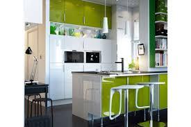 cuisine verte pomme décoration cuisine vert pomme 39 pau cuisine couleur vert deau