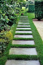 118 amazing path design ideas to makeover your front yard front 118 amazing path design ideas to makeover your front yard