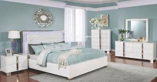King Upholstered Platform Bed Traynor E King Upholstered Platform Bed White Dfw Furnituremart