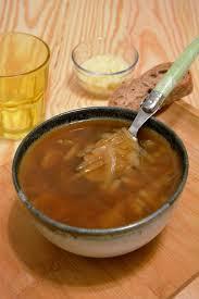 oignon blanc cuisine soupe à l oignon au vin blanc au fil du thym
