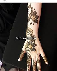 henna design on instagram see this instagram photo by 7ana design 1 348 likes mendhi