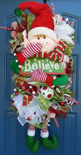 Christmas Wreath Decorations To Make by Best 25 Christmas Wreaths Ideas On Pinterest Diy Christmas