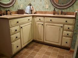 Best Primer For Kitchen Cabinets Bathroom Cabinets Painting Laminate Cabinets Cost To Paint
