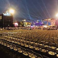 chicago tree lighting 2017 hugest crowd in history attends national christmas tree lighting