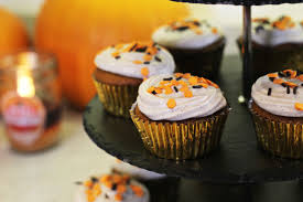 Halloween Spice Cake by Zoella Pumpkin Spiced Cupcakes With Cinnamon Cream Cheese Frosting