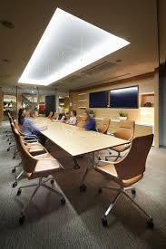 Office Furniture Table Meeting 130 Best Conference Spaces And Meeting Rooms Images On Pinterest