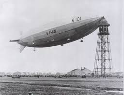 loading passengers onto an airship from a mooring mast in the