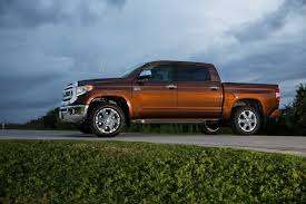land cruiser pickup v8 95 of pickup truck buyers agree with dan neil toyota tundra not
