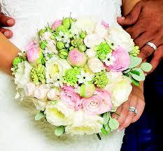 wedding flowers kerry kerry katona wedding the wilde bunch wedding