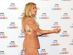 how to rock a sideboob like singer ellie goulding s health