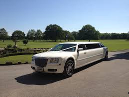bentley limo limo hire warrington limo hire st helens limo hire liverpool