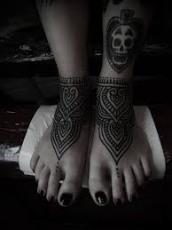 foot tattoos by guy le tattooer scull tattoomagz