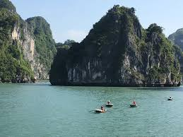 paradise luxury cruise halong bay vietnam top tips before you