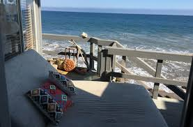 dinner party hosted by a private chef in her seaside malibu home