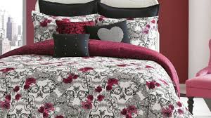 Grey Quilted Bedspread Frightening Impression Yoben Bewitch Wondrous Motor Superb Bewitch