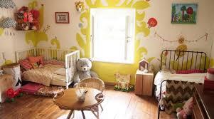 amenager une chambre pour deux enfants deux enfants une seule chambre idées déco hellocoton