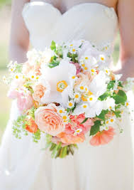 bouquets for wedding 20 beautiful bridal bouquets for the 1950s loving chic