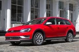 volkswagen fast car volkswagen u0027s new 2017 golf alltrack brings ruggedness to the