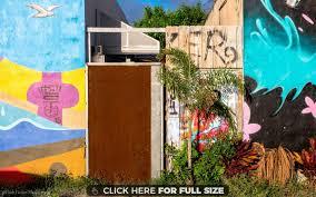 Palm Tree Wallpaper Miami Street Art With A Small Palm Tree Wallpaper