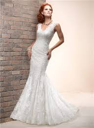 mermaid scalloped v neck sleeveless lace wedding dress with buttons