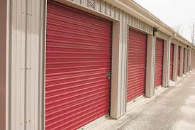 3 things to know about investing in self storage spaces