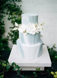 white wedding cake 10 worthy non white wedding cakes brides