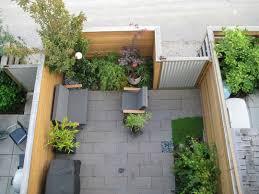 Patio Garden Ideas For Apartment With Simple Design - Apartment patio design