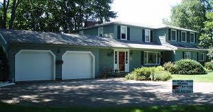 make a good impression with professional exterior painters in cape cod