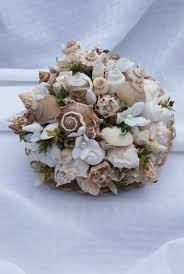 seashell bouquet 56 stunning wedding bouquets weddingomania