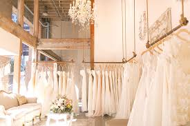 wedding dress shops keeping up with the digital age the wedding industry brides on