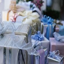 wedding gift guidelines 25 best indian wedding gifts ideas on mehndi