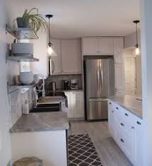 Kitchen Backsplash Pictures by What Countertop Color Looks Best With White Cabinets White