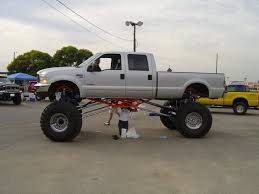 pics of lifted ford trucks lifted ford truck wreck picture 5 raised ford truck picture 5