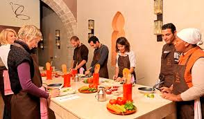 cours de cuisine marocaine l atelier de cuisine madada vous fait découvrir la cuisine marocaine