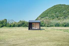 the prefab home that builds itself in minutes cnn style