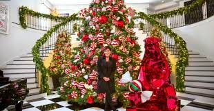 kris jenner u0027s christmas decorations sure are krazy huffpost