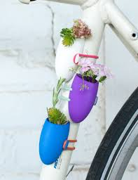 tiny bicycle flower vases are the perfect bike accessory for