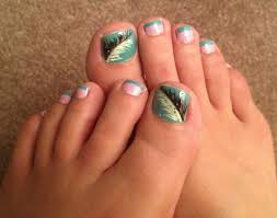 nail art feather toenail design life by mom