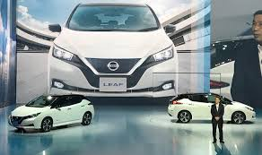 nissan leaf real world range nissan extends leaf range to at least 225