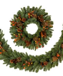 how to make a evergreen wreath the everyday home garland