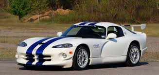 dodge viper gt mint 1998 dodge viper gts r to be auctioned